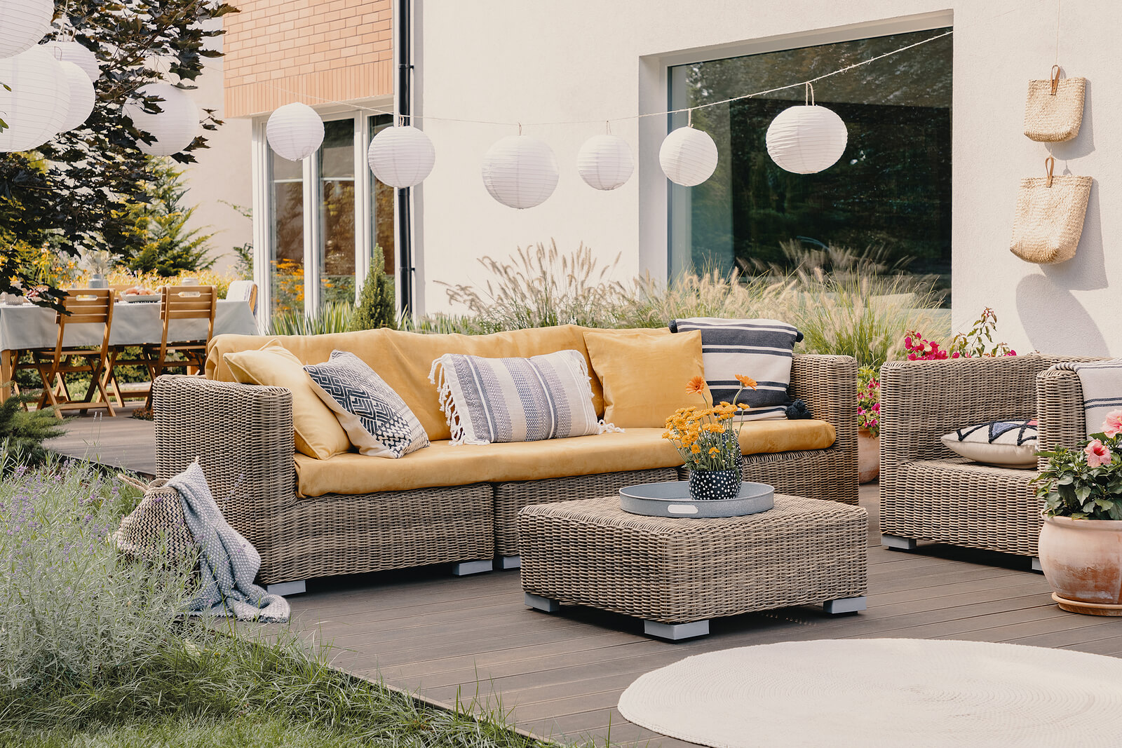 Rattan table and furniture set for outdoor dining